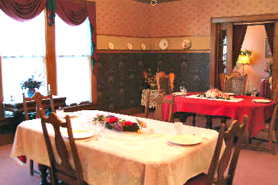 Photo of Abilene's Victorian Inn Bed and Breakfast dining room